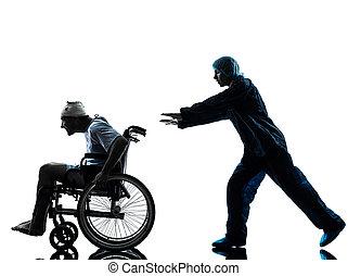 æn, beskadiget, mand, ind, wheelchair, går fri, væk, i, sygeplejerske, ind, silhuet, studio, på hvide, baggrund