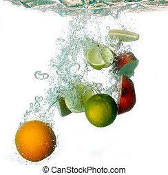 éclaboussure, eau, à, freshnes, fruits