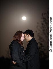 éclairé par la lune, couple, romantique, nuit