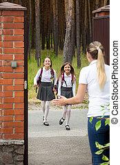 école, après, filles, deux, gai, leur, courant, mère, heureux