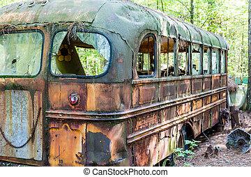 école, rouillé, vieux, autobus, carcasse, dehors
