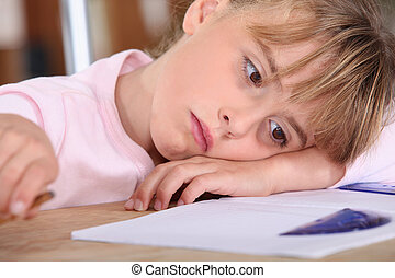 écolière, fatigué