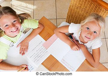 écoliers, devoirs