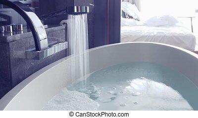 écoulement, intérieur, eau, chrome, élégant, pression, robinet, fort