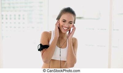 écoute, femme, musique, jeune, crise