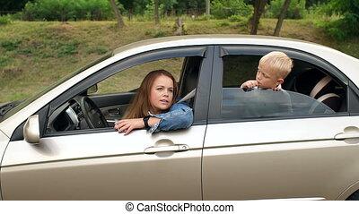 écoute, petite mère, voiture, danser., heureux, musique, enfant