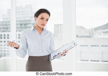 élégant, graphiques, bureau, femme affaires