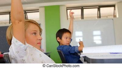 élévation, classe, école, mains, garçons, multi-ethnique, 4k