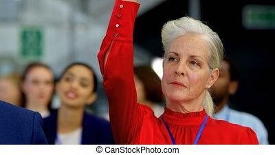 élévation, elle, main, séminaire commercial, femme affaires,...