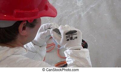 électricien, câble, chauffeur, éclairage, nettoyage, isolation, mené, homme