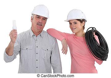 électricien, femme, mûrir, mentor