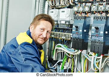 électricien, heureux, ouvrier, ingénieur
