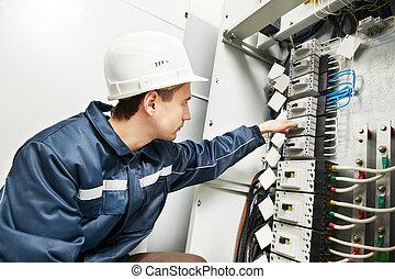 électricien, ligne, commutation, boîte pouvoir