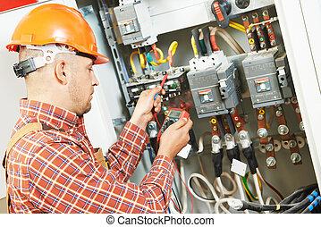 électricien, ouvrier, ingénieur