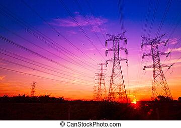 électricité, pylônes, à, coucher soleil