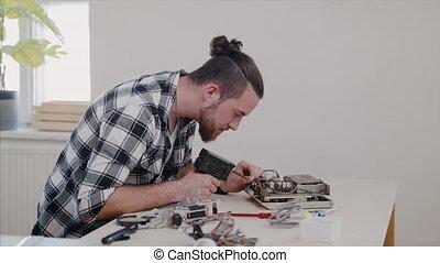 électrique, devices., réparation, homme, café, ménage,...