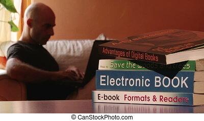 électronique, écrivain, livre