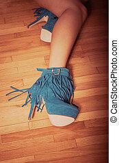 élevé, chaussures, talon
