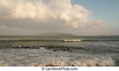 élevé, définition, vietnam, vagues océan