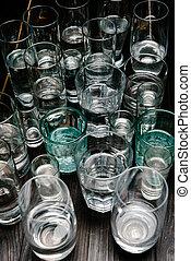élevé, différent, angle, bois, eau, dimensionner, table, vue, lunettes