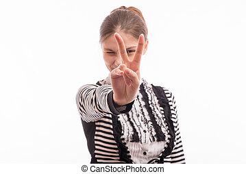 élevé, femme, doigts, deux, tenant mains