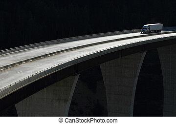 élevé, pont, camion, niveau