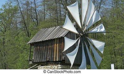 éolienne, ancien