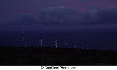 éoliennes, crépuscule