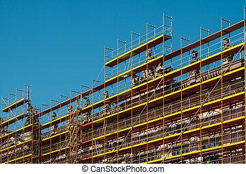 épület, állványzat, restaurálás, -, történelmi, szerkesztés, alatt, épülethomlokzat