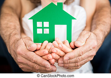 épület, család, hatalom kezezés