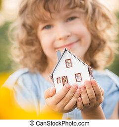 épület, gyermek, hatalom kezezés