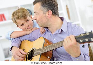épaule, sien, guitare, penchant, enfant joue, homme