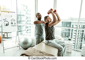 épaules, sien, patient, thérapeute, professionnel, masser