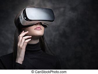 éprouver, réalité, virtuel