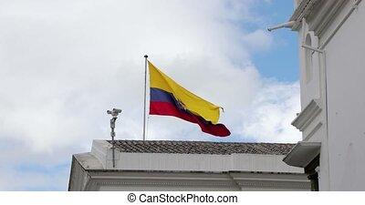 équateur, vent, drapeau