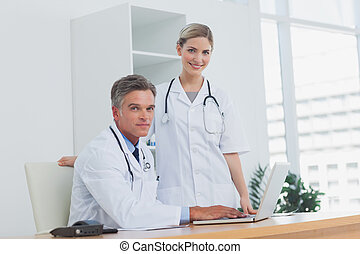 équipe bureau, monde médical
