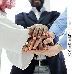 équipe, business, chevaucher, mains