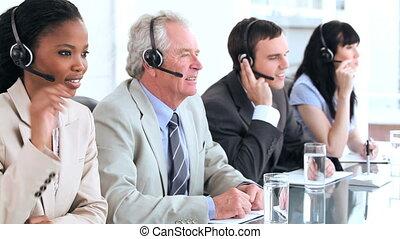 équipe, business, utilisation, gai, ecouteurs
