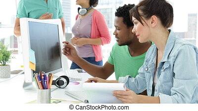 équipe, concepteur, fonctionnement, créatif