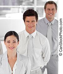 équipe, personne affaires, trois, élevé, potrait, coup, angle