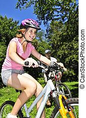 équitation, bicycles, famille