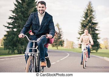 équitation, bicycles, parc, famille, heureux