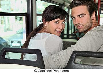 équitation, couple, autobus