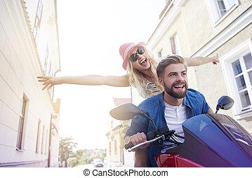 équitation, couple, scooter, jeune, pendant