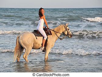 équitation, femme, mer