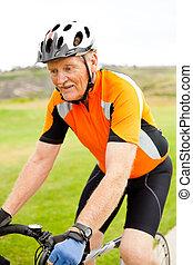 équitation, personne agee, vélo, homme