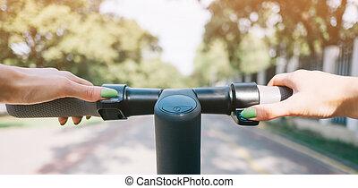 équitation, point, femme, e-scooter, vue., été, parc