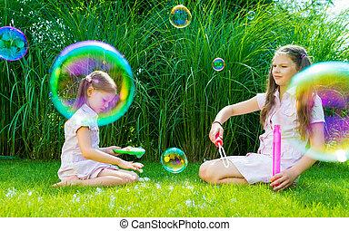 été, baguette, parc, ensoleillé, jouer, bulle savon, enfants, jour