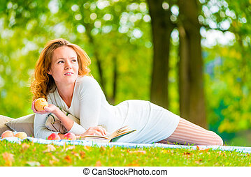 été, brun-regardé, parc, pomme, girl