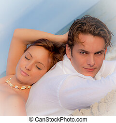 été, délassant, couple, pose, vacances, plage